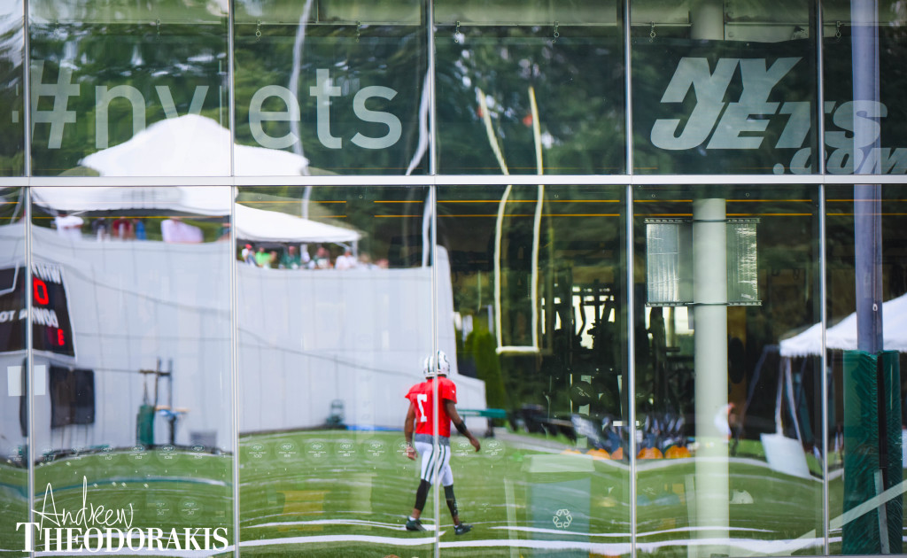 New York Jets quarterback Geno Smith (7) during training camp at the practice facility in Florham Park on Saturday August 1st, 2015. by Andrew Theodorakis